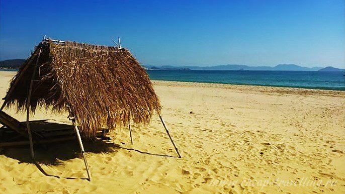 пляж в округе Нячанга