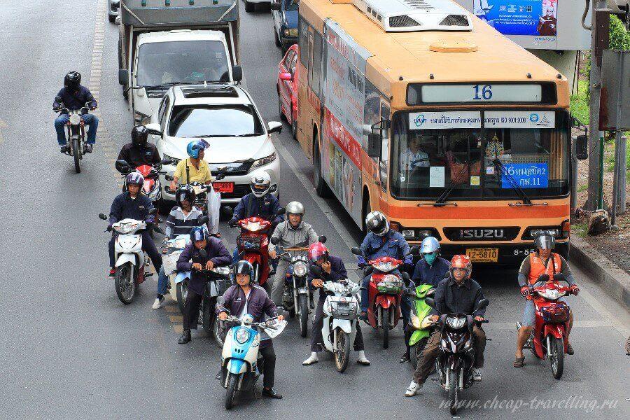 Проезжая часть Бангкока