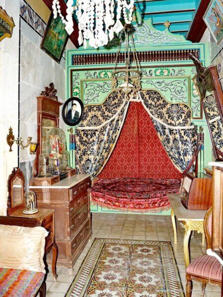 Интерьер спальни в Суссе