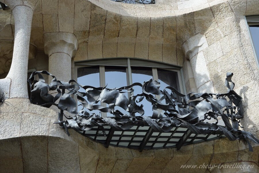 Балконы Каса Мила