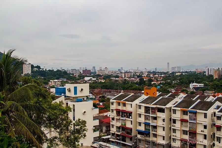 Вид с комплекса Kek Lok Si