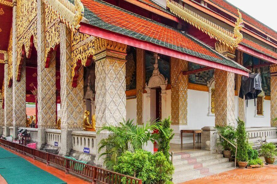 Здание храма в Тае